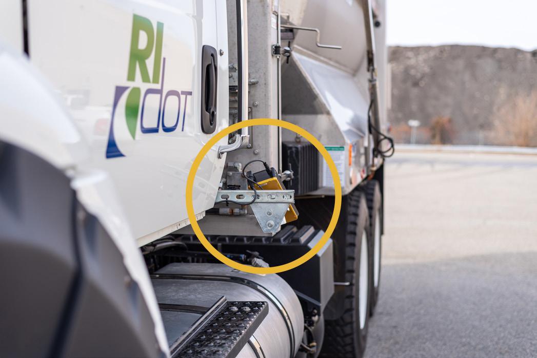 model-5435-mobile-icesight-non-instrusive-road-condition-sensor